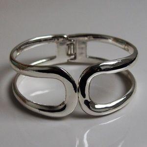 Mod Clamper Bracelet! Mix/Match Sale 2/$10!